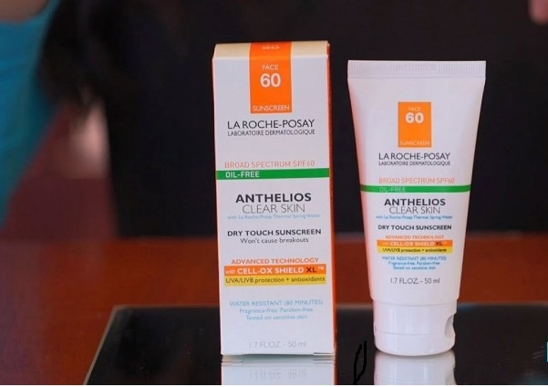 Anthelios 60 Melt in Sunscreen Milk của hãng LaRoche Posay